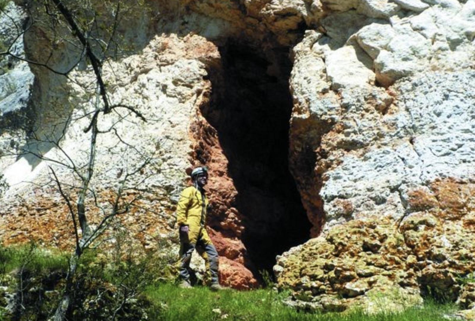 Cueva de Peña Castillo II
