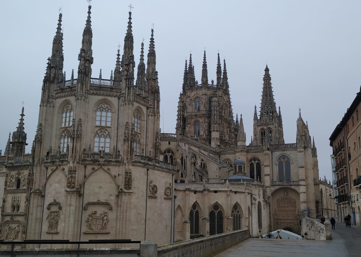 Los visitantes nacionales salvan al turismo en Burgos