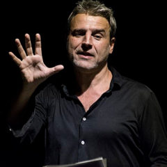 Alberto San Juan. Nueva York en un poeta en Teatre La Sala en Barcelona