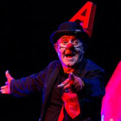 Marcel Gros. Universario en Teatre L'Atlàntida en Barcelona