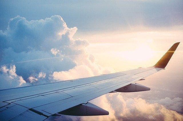 El Aeropuerto de Burgos aumenta un 95% sus viajeros
