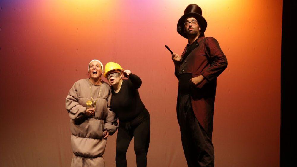 Brincacontos, teatro familiar en Baiona