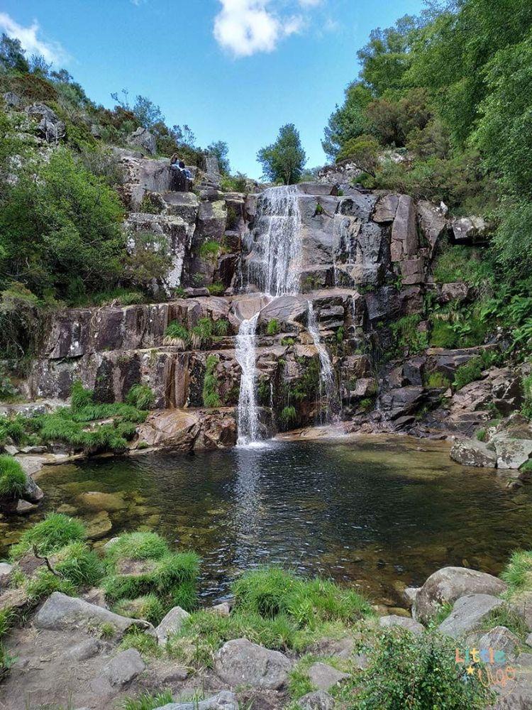 Cascada de Casariños