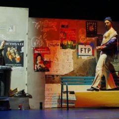 Teatro: 'Desgraciados' con Atópico Teatro en la Biblioteca Pública
