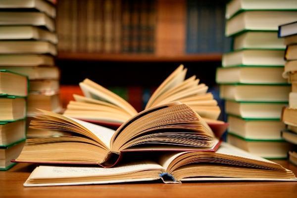 Cuentacuentos: Prelectores en la Biblioteca Pública
