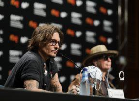 Johnny Depp presenta 'Crock of Gold' en el Festival de San Sebastián
