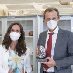 Pedro Duque visita las instalaciones del Cenieh y Atapuerca