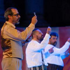Anfitrión (Juan Carlos Rubio) en Mira Teatro en Madrid