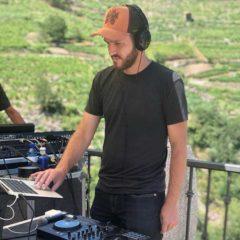 Concierto de Delafé + Pegatas + DJ Shak en Plaza de Toros Monumental en Barcelona