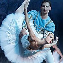 El Lago de los Cisnes (Ballet Imperial Ruso) en Gran Teatro Falla en Cádiz