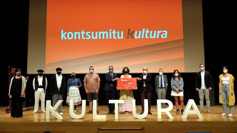'Bizkaia Aurrera Kultura Bonua' para impulsar el consumo de la cultura