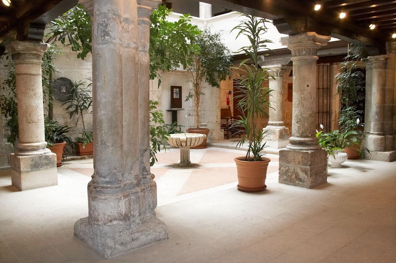 Que ver en Burgos. Palacio de Castilfale min