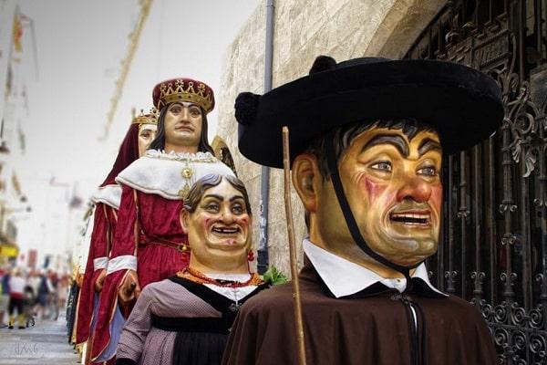 El Ayuntamiento de Burgos organiza la 'Casa de los Gigantillos'