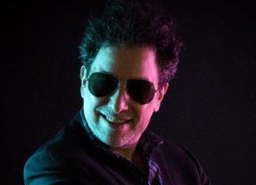 Andrés Calamaro lanza una nueva versión de 'Bohemio' con Julio Iglesias