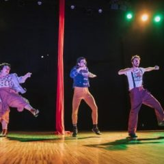 Equipo LocoMoción: Humor y circo en el Auditorio de Beniajan