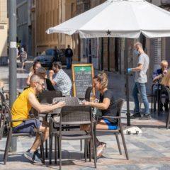 Vuelven las terrazas de los bares a algunos municipios de nuestra Región
