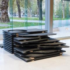 El Museo de Bellas Artes presenta Zulo beltzen geometria de Ibon Aranberri