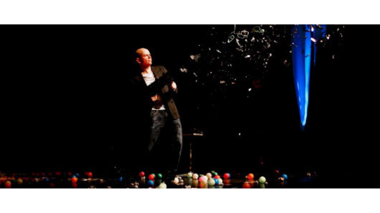Jandro regresa el 21 de noviembre al Campos Elíseos con «Descabellado»
