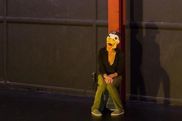 Teatro: 'Antes de que llegue la bestia' en el Fórum Evolución