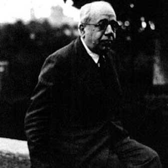 azana intelectual y estadista a los 80 anos de su fallecimiento en el exilio