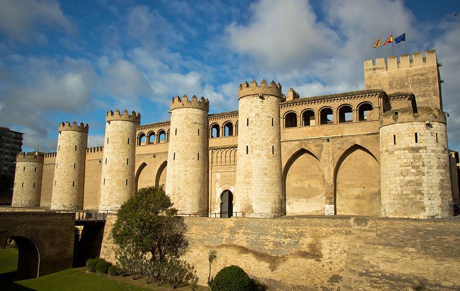 castillos de aragon palacio de la aljaferia