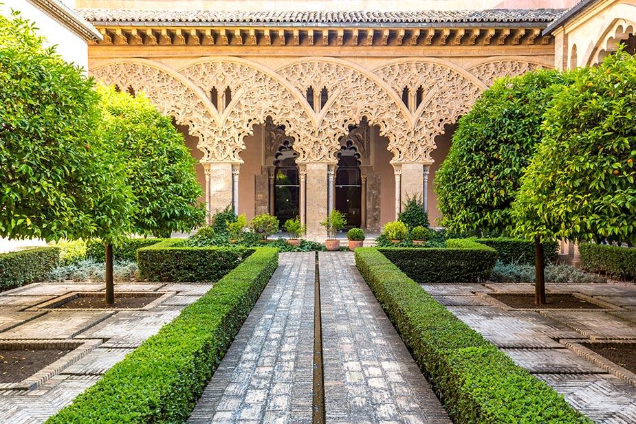 palacios de zaragoza Aljaferia
