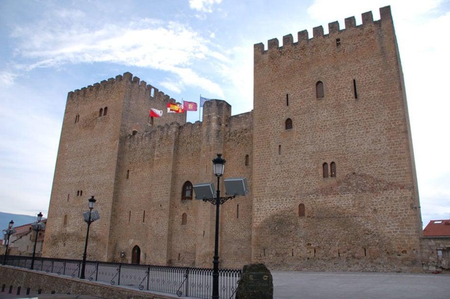 Imagen del castillo del Alcazar de los Condestables en Medina de Pomar