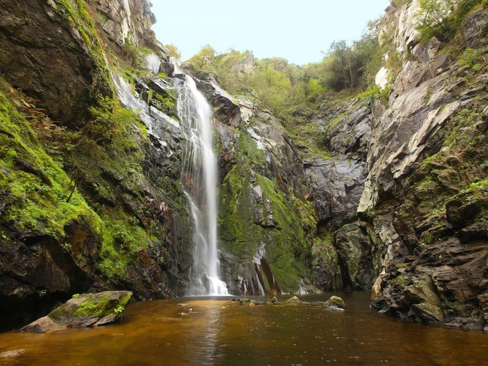 Fervenza do toxa Mejores cascadas Rías Baixas