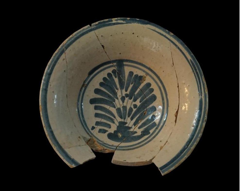 Plato de sal exposicion habitos funerarios museo de burgos