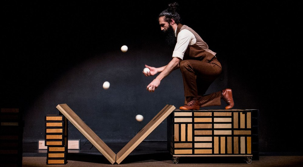 Só, espectáculo familiar de nuevo circo en A Coruña