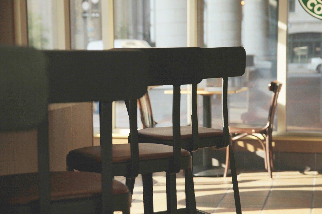 La Junta cierra en Burgos el interior de la hostelería el martes
