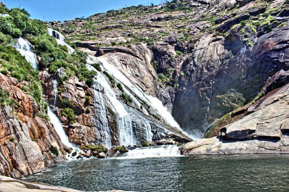 Cascada do Ezaro