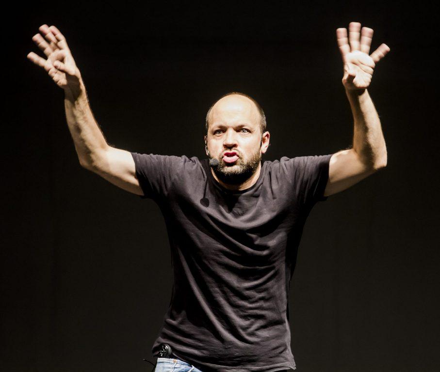 Ultrashow, espectáculo de humor con Miguel Noguera en Santiago