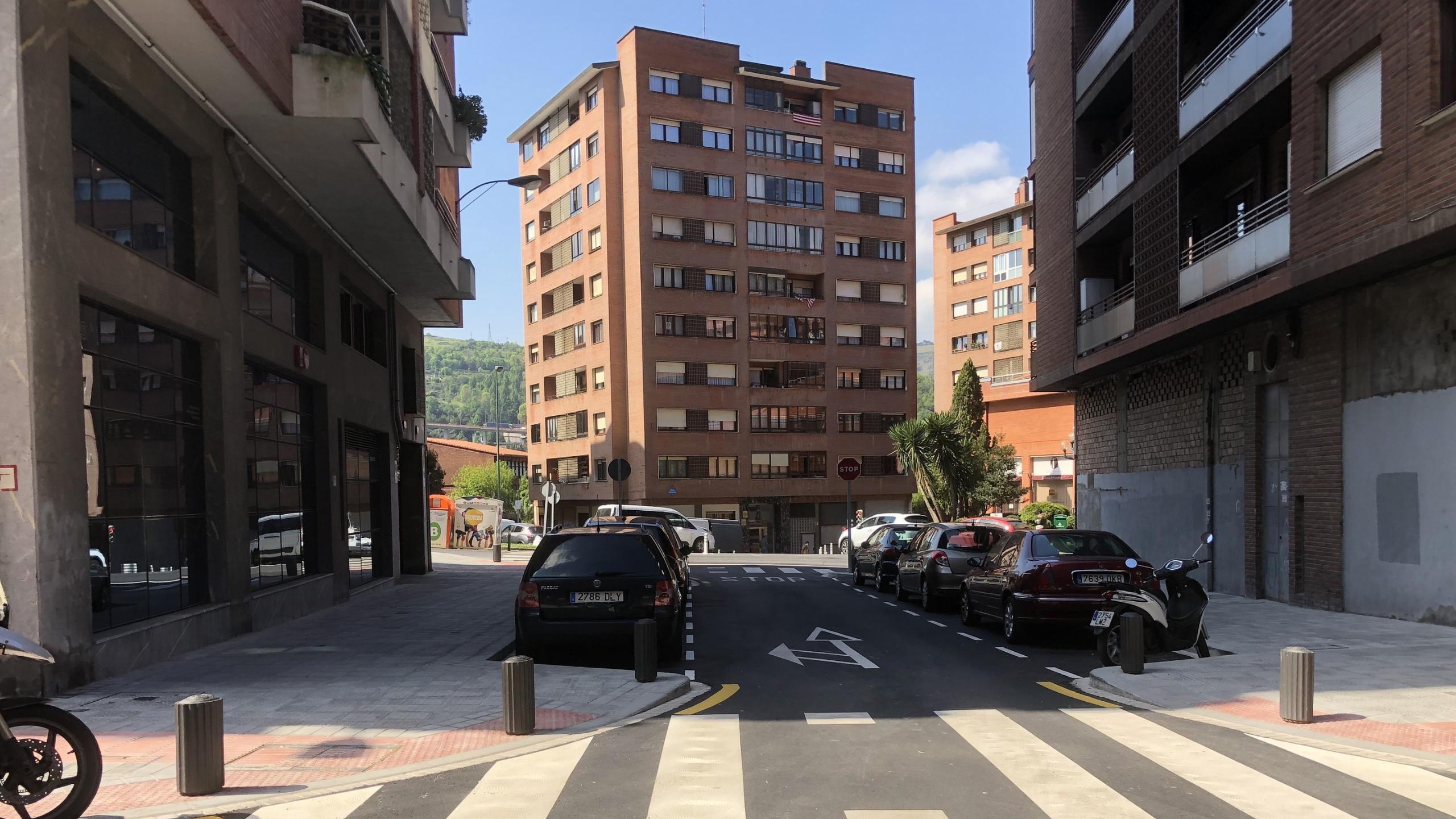 El Ayuntamiento de Bilbao finaliza las obras de reurbanización de la calle Erdikoetxe en Ibarrekolanda