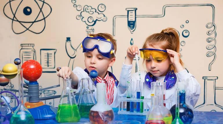 Talleres para niños Detectives de la Ciencia Caja Círculo Burgos