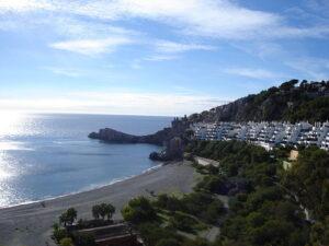 mejores playas Andalucía Marina del Este en La Herradura municipio de Almunecar, Granada