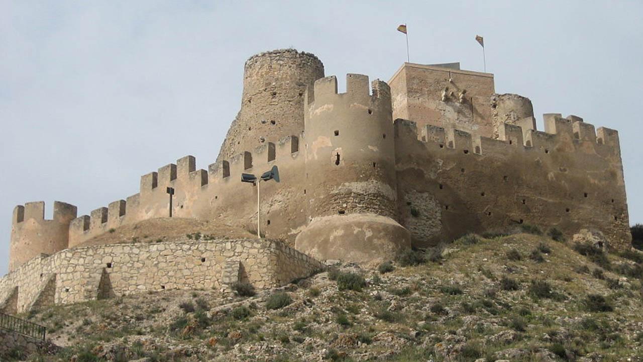 Vinalopó;La impresionante ruta de castillos de Alicante