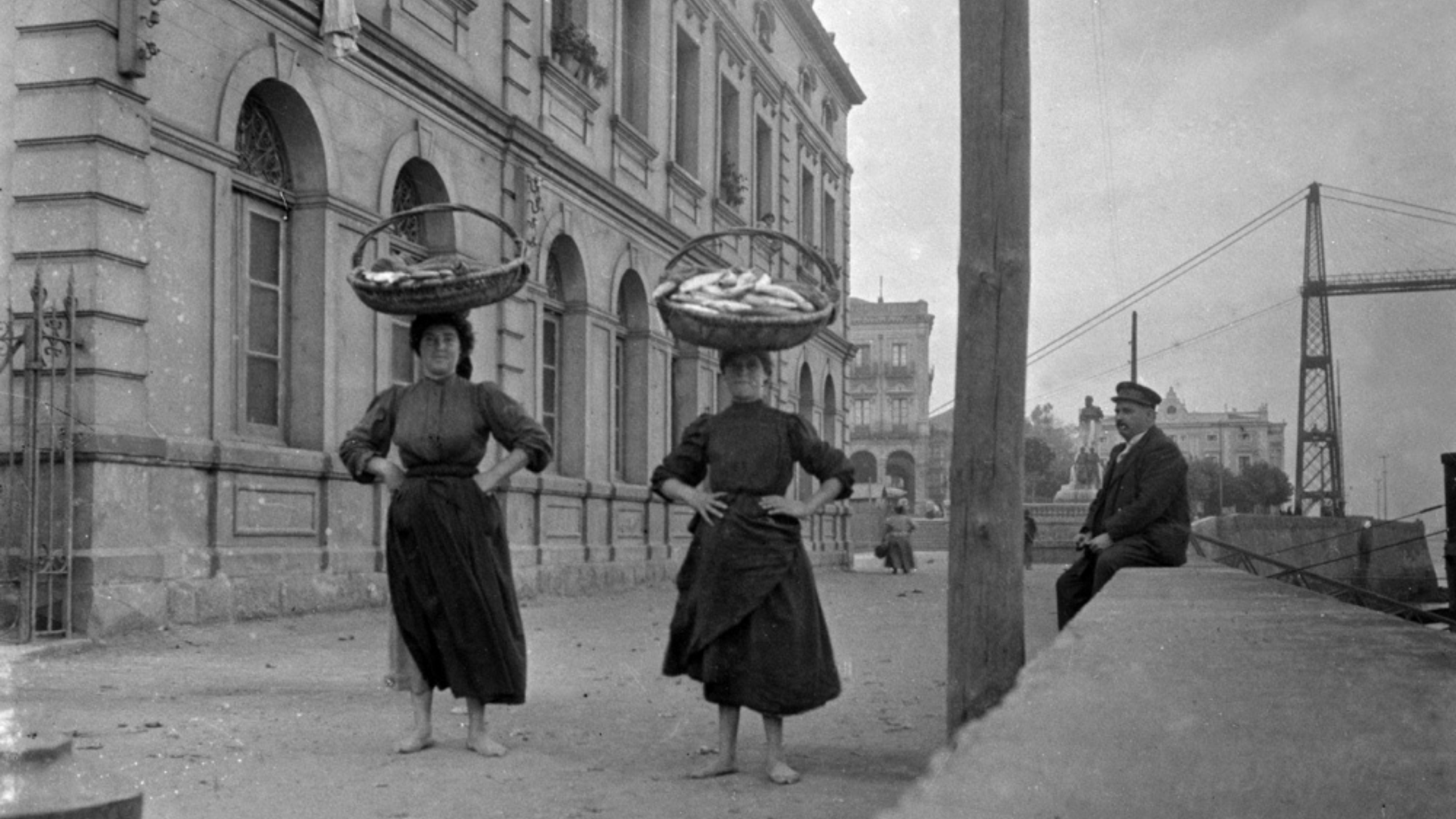 La exposición «mujeres de Eulalia Abaitua» llega mañana al Museo de las Encartaciones