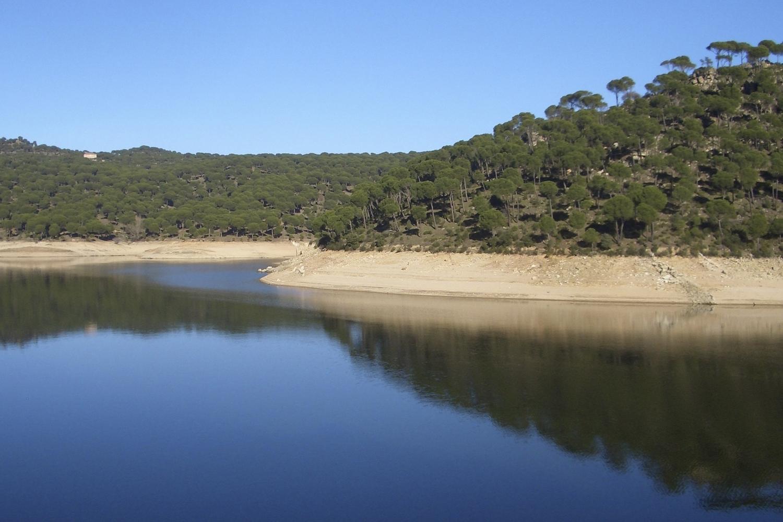 pantano de san juan playas artificiales espana