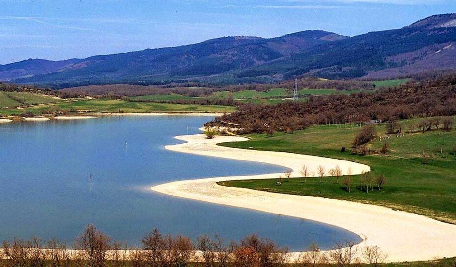 playa de landa playas artificiales espana