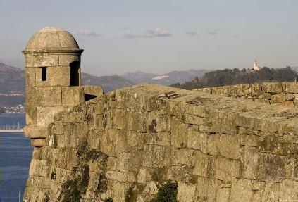 vigo muralla fortaleza