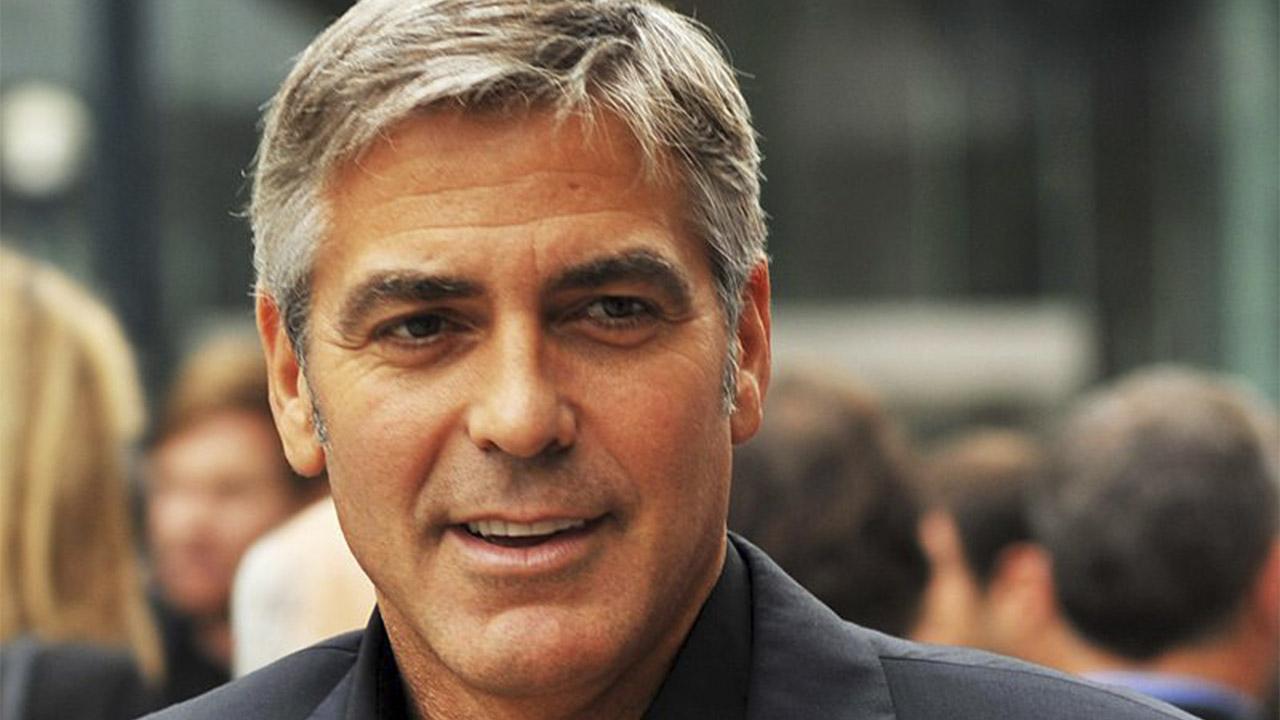 George Clooney en la premier de The Men Who Stare at Goats