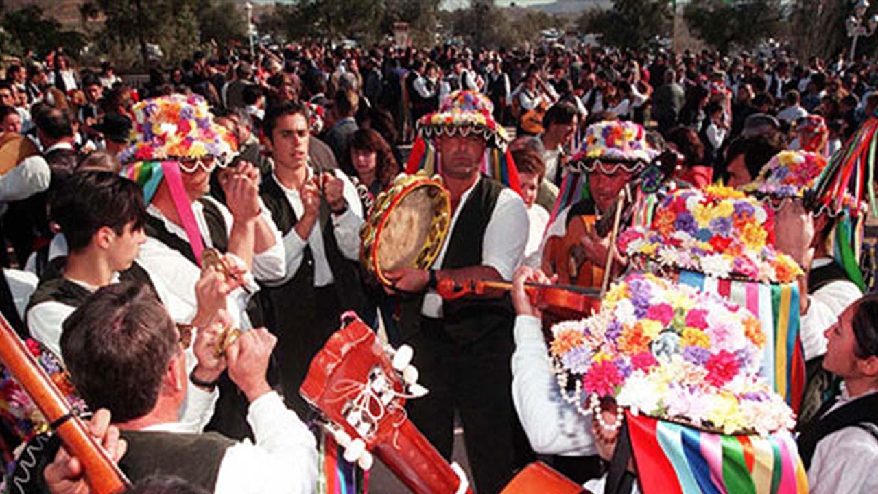 Panda de Verdiales actuando en el Festival de San Cayetano