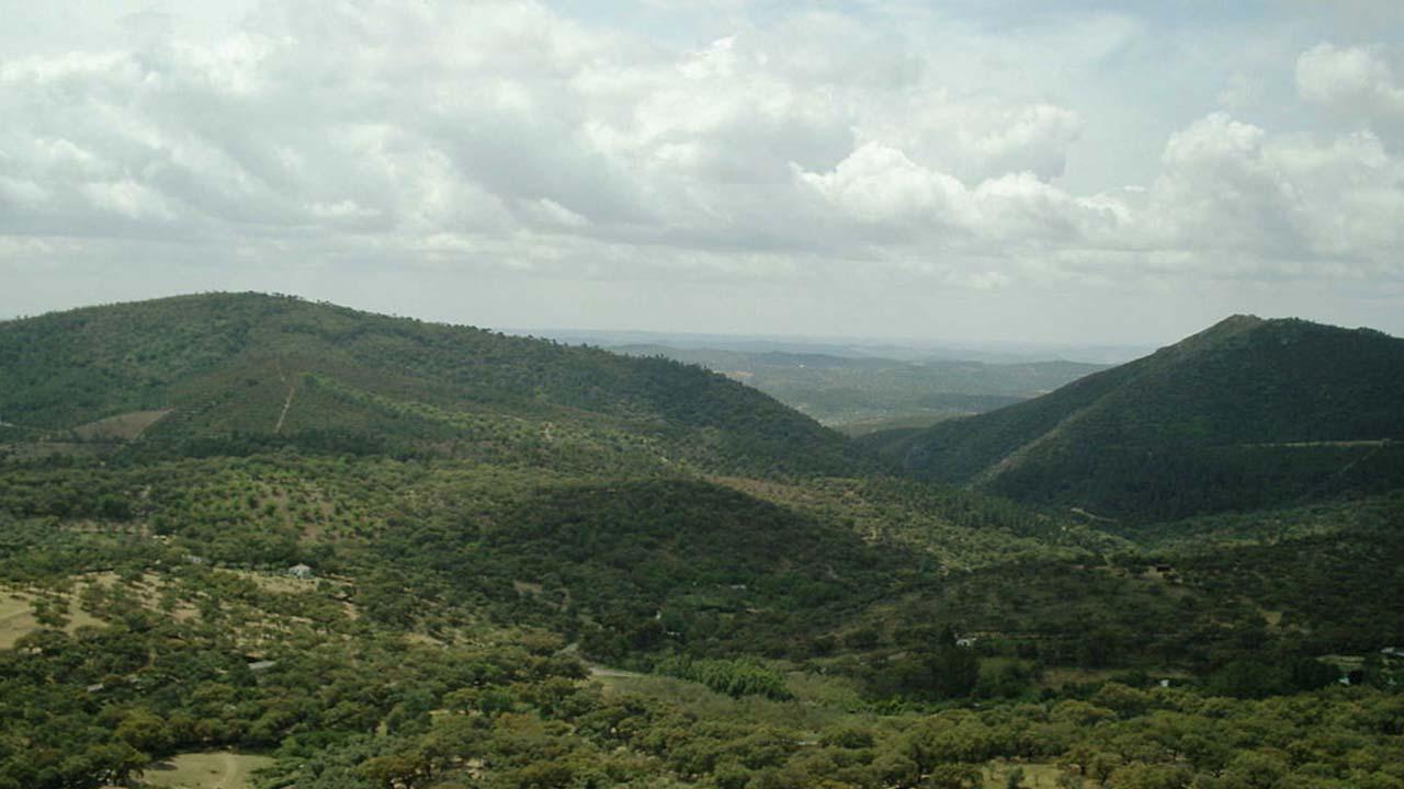 Sierra de Aracena que forma parte de Sierra Morena