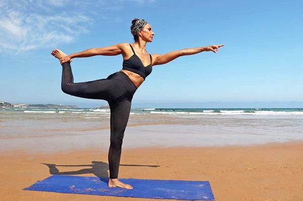 yoga con marcela reggio
