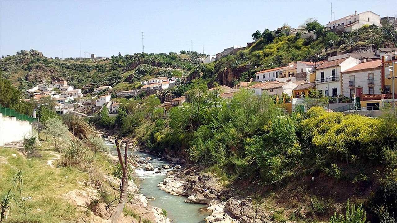 El rio Cubillas a su paso por Pinos Puente