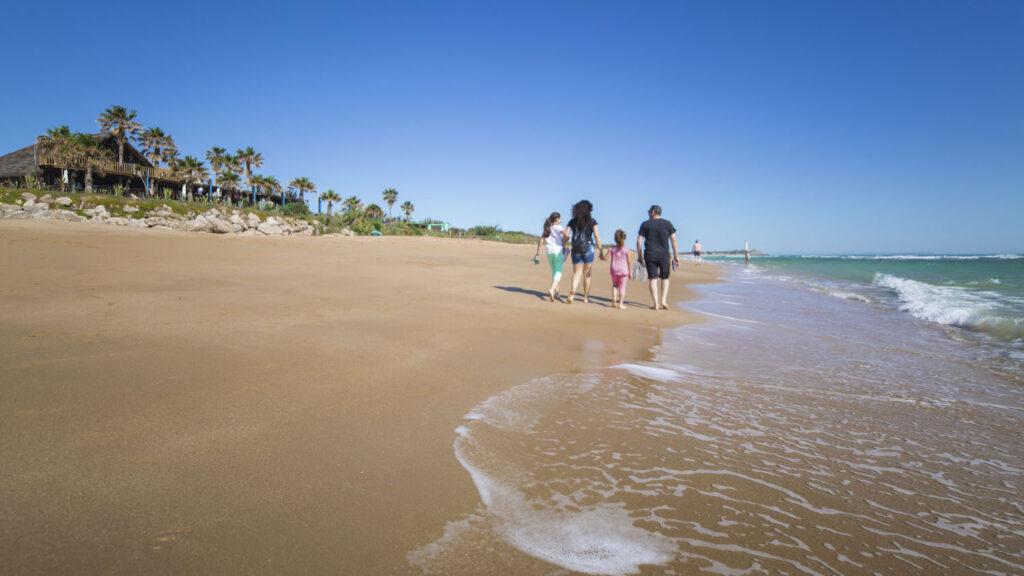 Ven a Andalucia. Playa de Zahora 1