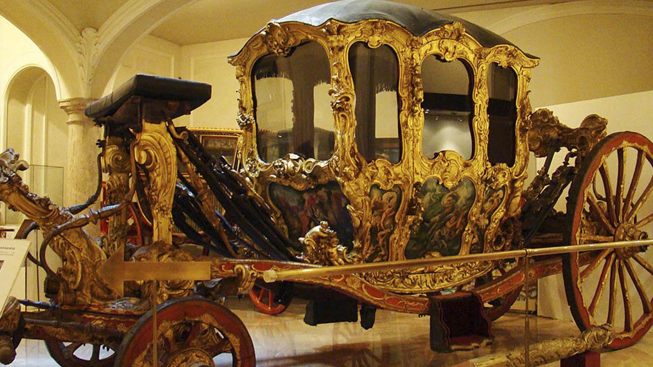 Carroza de las Ninfas Museo de Ceramica de Valencia
