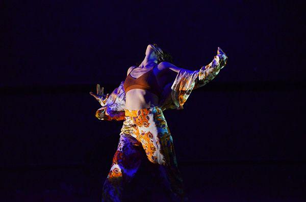 Bailar ahora danza Tui