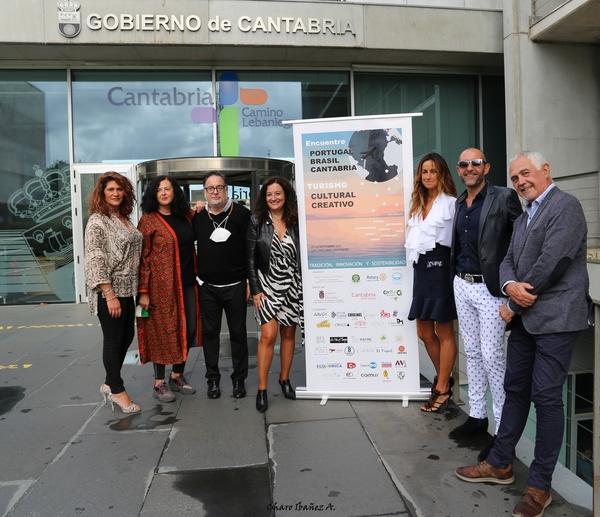 Encuentro Portugal Cantabria foto grupo presentación Conchi Revuelta... Héctor Moreno 1